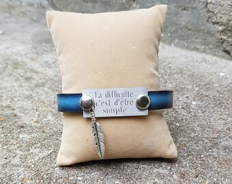 Bracelet blue leatherette with engraving plate