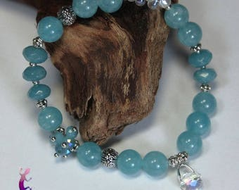 "Bracelet ""Healthy"" in aquamarine, chalcedony with white Crystal pendant"