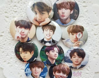 BTS Jungkook Button Set