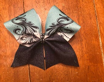 Turquoise ombre Bow