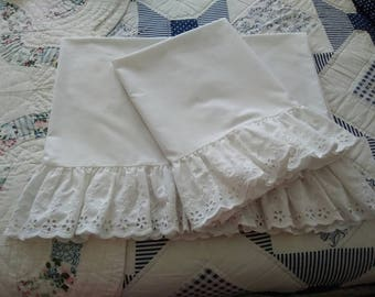 Shabby Chic, Sears, Perma-Prest, White, Eyelet Ruffled (Standard) Pillow Cases, Cottage Chic