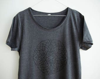 FREE DELIVERY! / Dark grey Men Mandala T-Shirt for personal Growth and Development / Sacred gray Mandala Shirt / Mandala Top / Mandala Tee