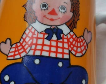 Vintage 1971 Raggedy Andy Musical Cup