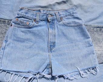 Levi's Light Wash Cutoff Shorts
