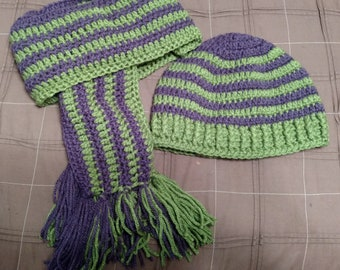 Green and purple hat and scarf set