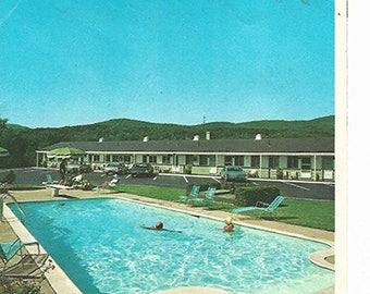 1974 Stowe Motel Brochure