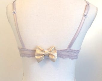 Golden bow clips cache of BRA