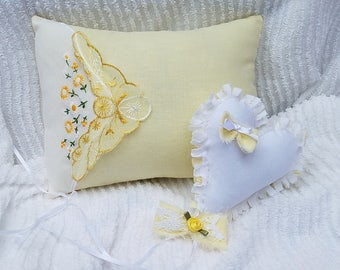 Vintage Embroidered Hanky Photo Prop Pillow/Newborn Photo Prop Pillow Set/Yellow Photo Prop Pillow