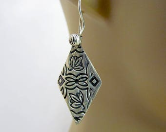 Item 4208 - Handcrafted Beautifully Lightweight Handcrafted Fine & Sterling Silver Textured Earrings with 925 Sterling Silver