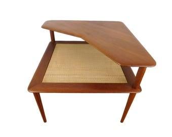 Minerva Corner Table by Peter Hvidt and Orla Mølgaard-Nielsen for France and Søn. Danish Mid Century Modern