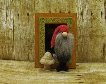 Felted gnome tompte Nisse Nordic style miniature shadowbox gnome, felted gnome doll, needle felted fantasy gnome treasure box keepsake gift