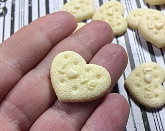 White kawaii heart cookie cabochons