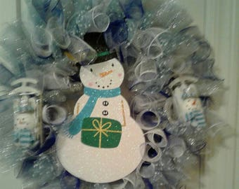Beautiful Snowman Wreath