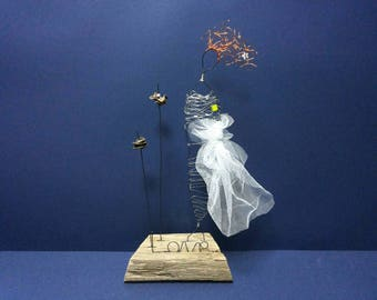 Vintage bride, Gift for bride, Rustic wedding gift, Wedding Centerpieces, Wire sculpture, Driftwood sculpture, Anniversary gift