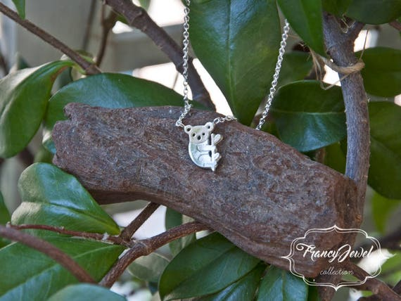 Koala, koala necklace, koala charm, koala pendant, koala jewel, collarbone koala, nature inspired jewel, birthday gift, animal necklace