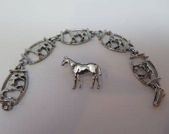 VINTAGE Silver Colored HORSE Brooch Pin and Bracelet SET 1960s Horses