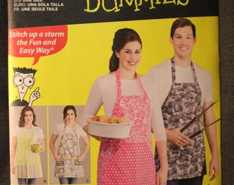 Simplicity 1140   Sewing for Dummies Aprons in 4 Styles