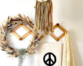 Peace sign banner/peace banner/peace sign decor/wall hanging/wall decor/hippie decor/boho decor/home decor/modern boho style/bohemian chic/