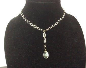 Avon NR Silver Tone Necklace