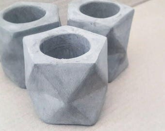 Geometric cement small planter