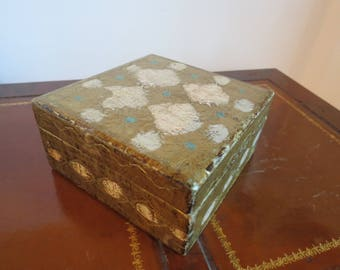Classic Vintage Italian Florentine Tole Gilt Wooden Box with White and Turquoise Accents
