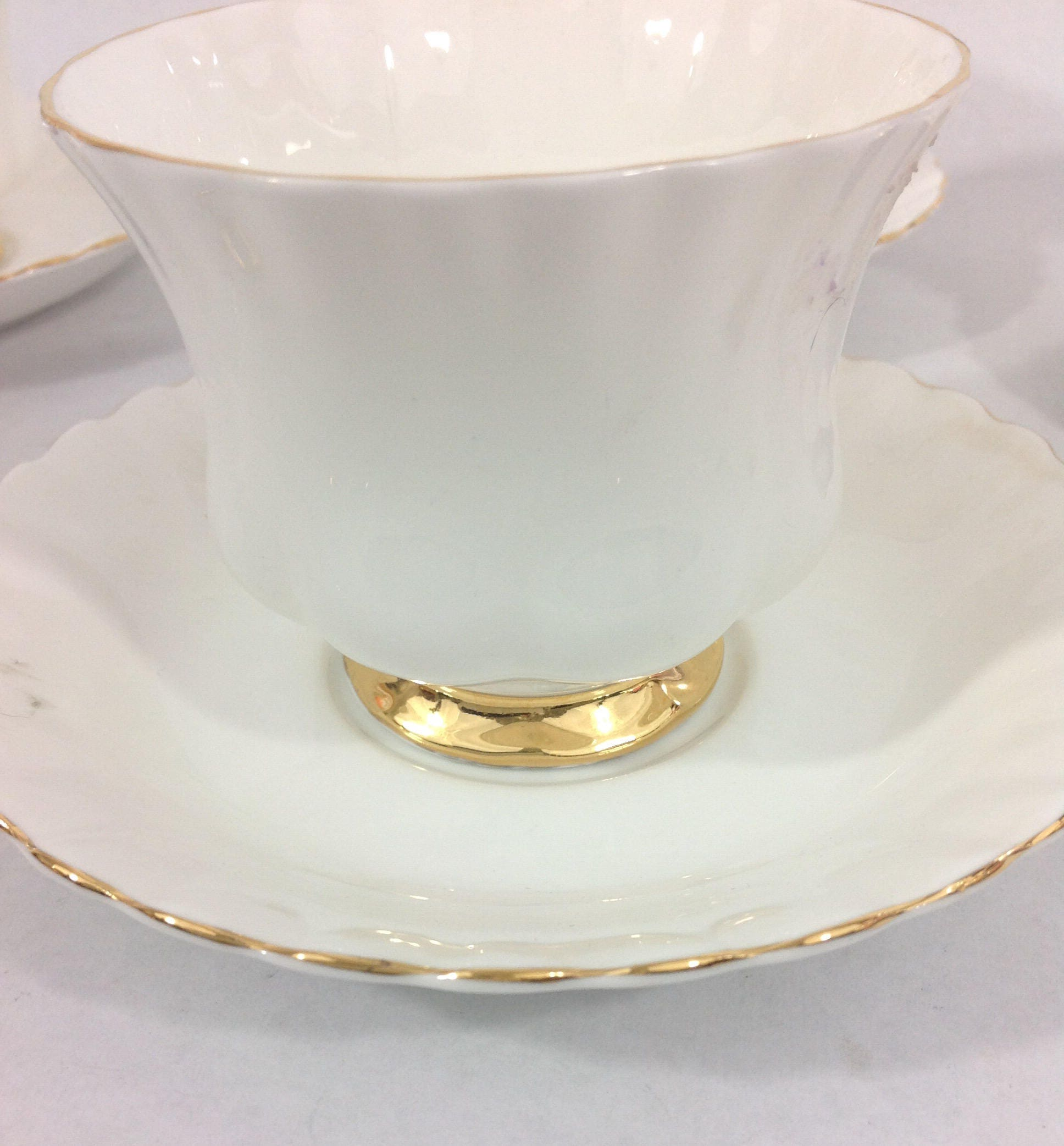 vintage royal albert bone china set of 4 tea cups and saucers val du0027or