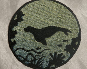 Embroidered Seal Pup Ocean Silhouette Blue Ombre Circle Patch Iron On Sew On USA