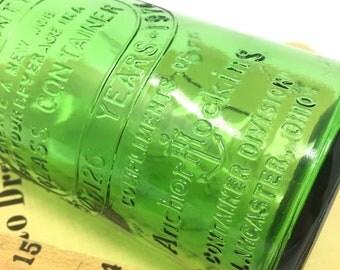 vintage Anchor Hocking Bicentennial green glass bottle - 1776-1976 - Fairfield County Fair - Lancaster, Ohio - Thomas Jefferson - USA
