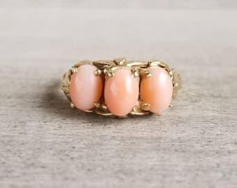 14k coral vintage 3 stone ring
