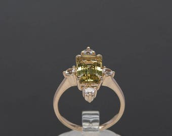 Victorian design 14 ct Yellow Gold Ring with Heliodor and White Sapphires