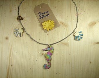 """Necklace chain and wood """"Seahorse and shells"""""""