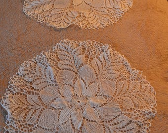 2 delicate thread doilies