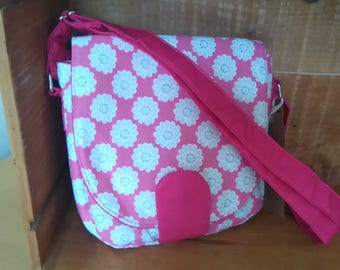 adjustable strap bag pink daisy
