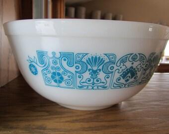 PYREX HORIZON BLUE, 403 2.5 Quart Mixing Bowl