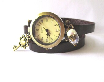 """Wristwatch leather 3 laps """"key of time"""""""
