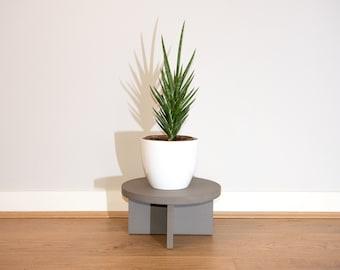 Valchromat Plant Stands