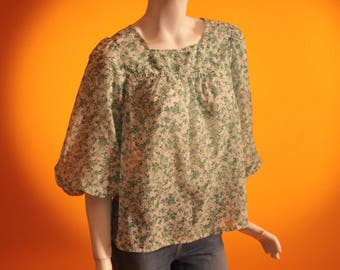 Vintage 1970's Green and White Floral Print Smock Top / Blouse with Balloon Sleeves. By 'St Michael' Size UK 10-12 US 6-8.