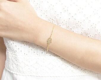 Minimalist bracelet; Bracelet hamsa Bracelet. Chic bracelet - Bracelet everyday plate 18 K gold - gift, S080