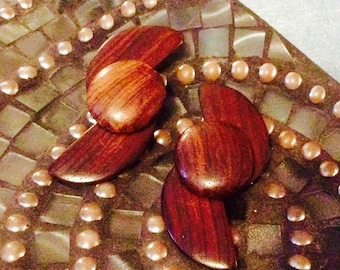 Vintage 1970's handmade Wood Clip on Earrings