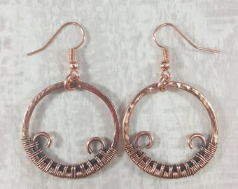 Wire Wrapped Raw Copper Hoop Earrings // Hammered Copper Earrings