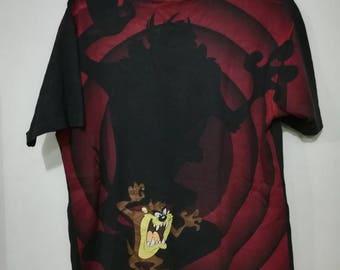 Rare vintage Tazmania cartoon character warner bros bugs bunny full print t-shirt L size
