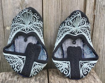 Vintage slippers, Handmade slippers, Womens slippers, Wool slippers, Еmbroidered slippers, House slippers, Embroidery slippers.