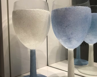 X2 glittered wine glasses