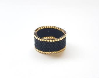 Black gold Beadring