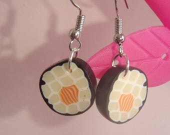 pair of earrings in polymer clay salmon maki sushi pattern
