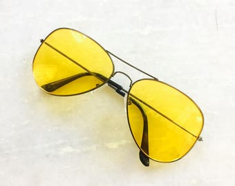 Classic Vintage Aviator Tinted Gold Aviator Frame Yellow Lens Sunglasses