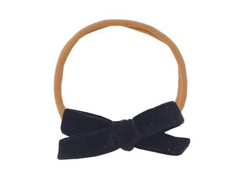 Schoolgirl Velvet Bow or Pigtail Set /// Black Cat