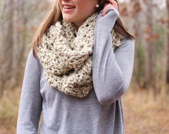 Ready To Ship // Chunky Infinity Scarf // Circle Scarf // Chunky Oversized Scarf // Knit Oversized Cowl // Winter Infinity Cowl