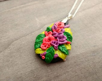 Floral necklace, Rose Necklace, flower pendant, beautiful flowers, bouquet, leafy jewellery, floral, paradise, beautiful gift, teardrop,