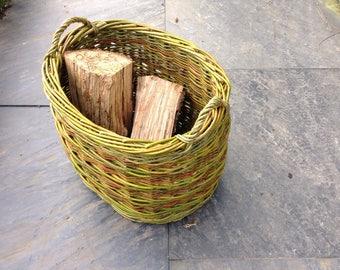 Oval willow log basket